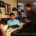 ویژگی های لازم برای میزبانی حرفه ای در رستوران های حرفه ای